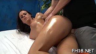 Deepthroat fajčenie porno